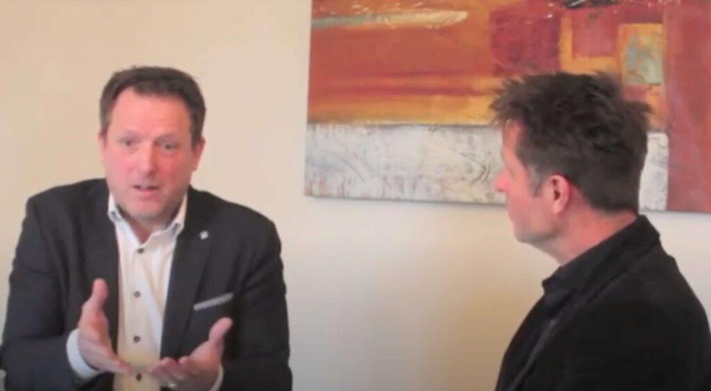 Richard de Hoop in gesprek met Tony Bosma